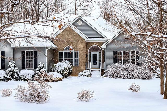 winter-home-shutter