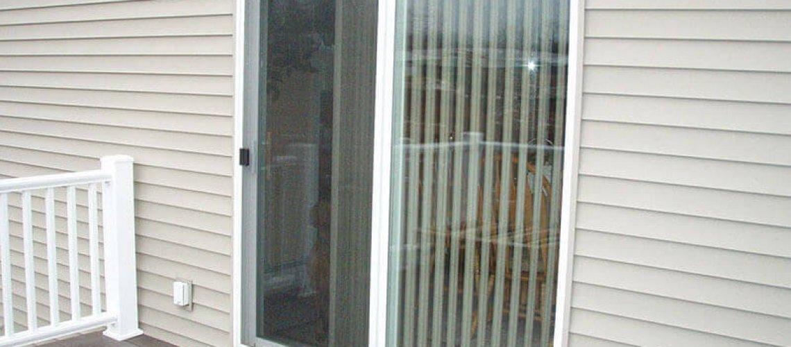 unsecure-patio-door